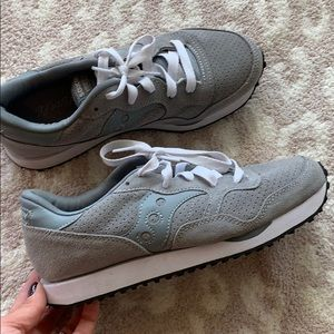 Shoes - Saucony sneakers